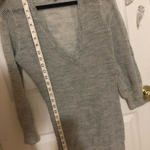 Open knit 3/4 sleeved sweater